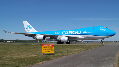 A picture of PHCKC - Boeing 747406F(ER) - KLM - © Jan Seler