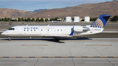 A picture of N856AS - Bombardier CRJ200ER - United Airlines - © Nate Morin