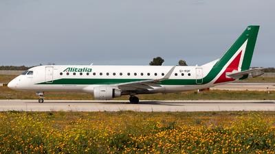A picture of EIRDF - Embraer E175STD - Alitalia - © Łukasz Stawiarz