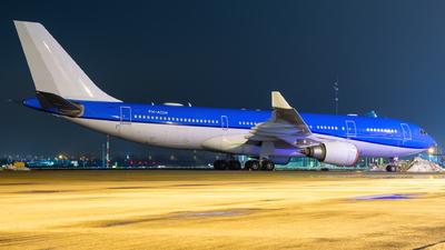 PH-AOM - Airbus A330-203 - Untitled