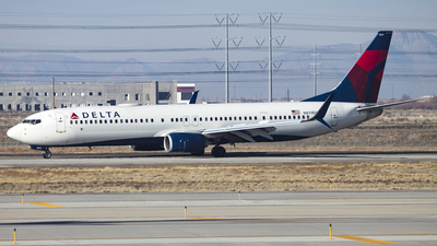 A picture of N819DN - Boeing 737932(ER) - Delta Air Lines - © David Lee
