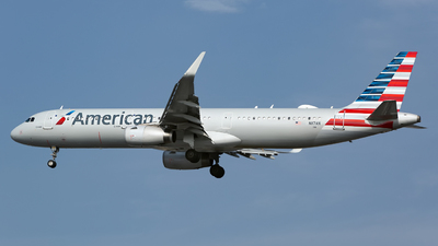 A picture of N117AN - Airbus A321231 - American Airlines - © Chris Pitchacaren