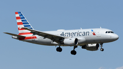 A picture of N768US - Airbus A319112 - American Airlines - © DJ Reed - OPShots Photo Team