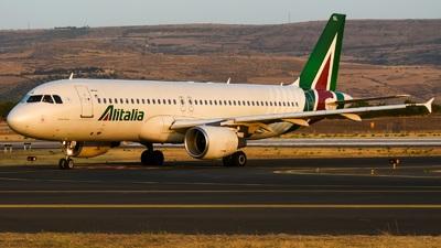 A picture of EIDSL - Airbus A320216 - Italia Trasporto Aereo - © Gaetano Spataro