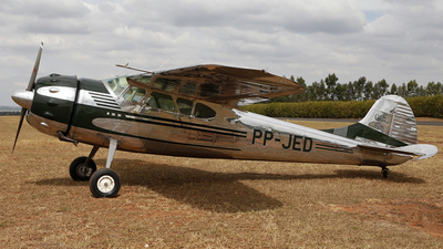 PP-JED - Cessna 195 - Private