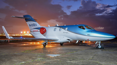 N420EX - Honda HA-420 HondaJet - Private
