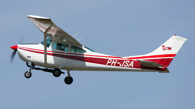 PH-JSA - Cessna 182N Skylane - Private