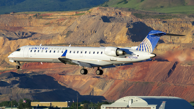 A picture of N779SK - Mitsubishi CRJ701ER - United Airlines - © Michael Rodeback