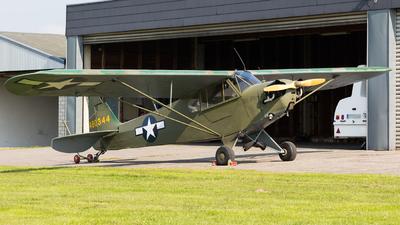 LN-RBI - Piper L-4A Grasshopper - Private