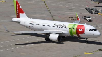 A picture of CSTMW - Airbus A320214 - TAP Air Portugal - © Mathias Moeri