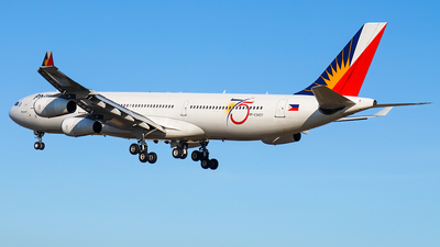 RP-C3437 - Airbus A340-313X - Philippine Airlines