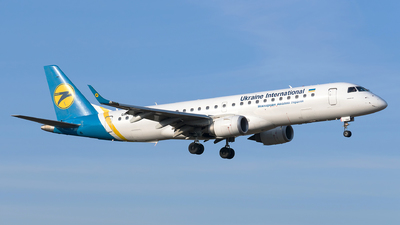 UR-EMC - Embraer 190-100LR - Ukraine International Airlines