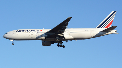 F-GSPF - Boeing 777-228(ER) - Air France