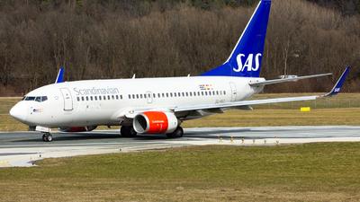 A picture of SEREY - Boeing 73776N - [32737] - © Manuel Valenta