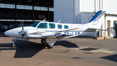 ZS-LXR - Beechcraft 58 Baron - Private