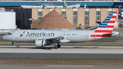 A picture of N110UW - Airbus A320214 - American Airlines - © Xiamen Air 849 Heavy