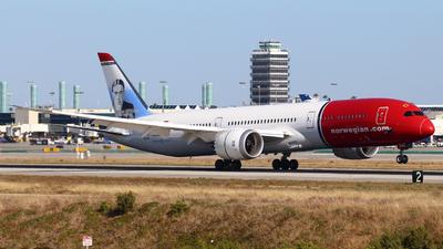 G-CKWD - Boeing 787-9 Dreamliner - Norwegian