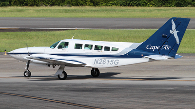 A picture of N2615G - Cessna 402C - Cape Air - © Angel Natal