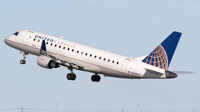 A picture of N149SY - Embraer E175LR - United Airlines - © Mike MacKinnon