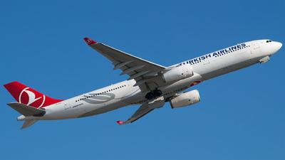 A picture of TCLOL - Airbus A330343 - Turkish Airlines - © Furkan Borakazi
