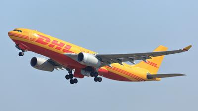 B-LDS - Airbus A330-243F - DHL (Air Hong Kong)
