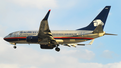 XA-AAM - Boeing 737-752 - Aeroméxico