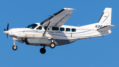 A picture of N9642F - Cessna 208 Caravan - Sun Air Express - © Evan Dougherty