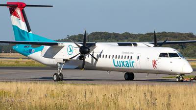 A picture of LXLQB - De Havilland Canada Dash 8400 - Luxair - © Julian S.