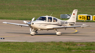 D-ECVR - Cirrus SR22 Centennial Edition - Private