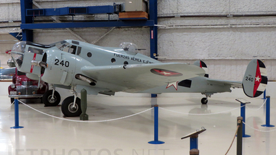 N81Y - Beech AT-11 Kansan - Private