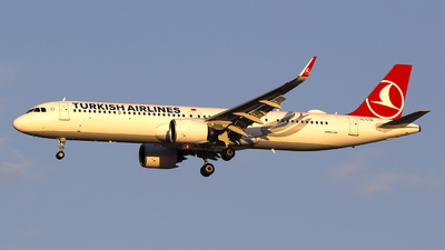 A picture of TCLTD - Airbus A321271NX - Turkish Airlines - © Bora Polater
