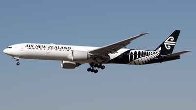 ZK-OKN - Boeing 777-319ER - Air New Zealand