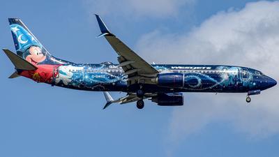 A picture of CGWSZ - Boeing 7378CT - WestJet - © Israel Polanco