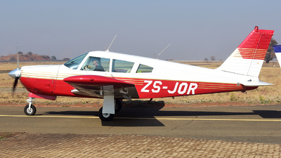 ZS-JOR - Piper PA-28R-200 Arrow II - Private