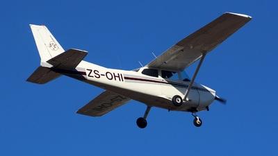 ZS-OHI - Cessna 172N Skyhawk II - Stellenbosch Flying Club