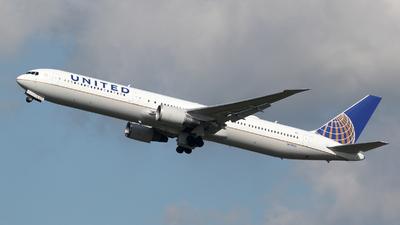 N59053 - Boeing 767-424(ER) - United Airlines