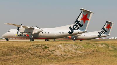 A picture of VHSBI - De Havilland Canada Dash 8300 - QantasLink - © Brock L