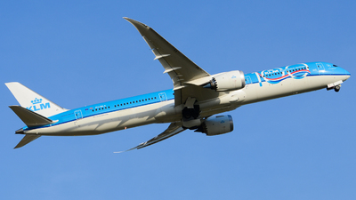 A picture of PHBKA - Boeing 78710 Dreamliner - KLM - © Aaron Miles