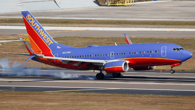 N273WN - Boeing 737-7H4 - Southwest Airlines