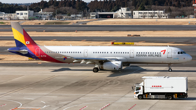 HL7731 - Airbus A321-231 - Asiana Airlines