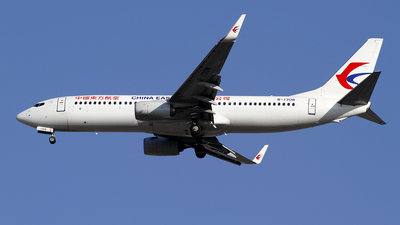 A picture of B1308 - Boeing 73789P - China Eastern Airlines - © wangpaul