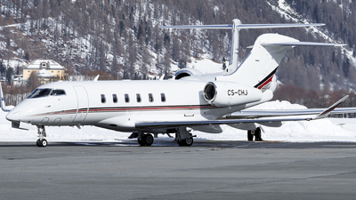 CS-CHJ - Bombardier BD-100-1A10 Challenger 350 - NetJets Europe