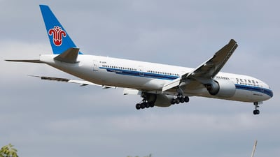B-20DM - Boeing 777-31BER - China Southern Airlines