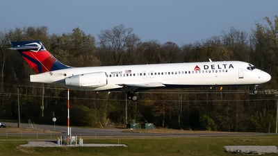 N932AT - Boeing 717-231 - Delta Air Lines