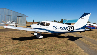 ZS-KOB - Piper PA-28-235 Cherokee B - Private