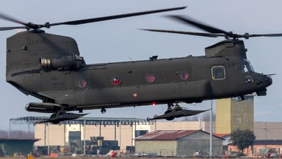 MM81789 - Boeing CH-47F Chinook - Italy - Army