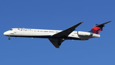A picture of N969DL - McDonnell Douglas MD88 - USA Jet Airlines - © DJ Reed - OPShots Photo Team