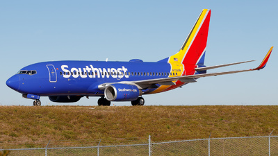 N729SW - Boeing 737-7H4 - Southwest Airlines