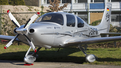 D-ENFM - Cirrus SR22-GTS G3 Turbo - Private