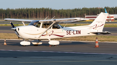 A picture of SELXN - Cessna 172S Skyhawk SP - [172S10699] - © Jevgeni Ivanov